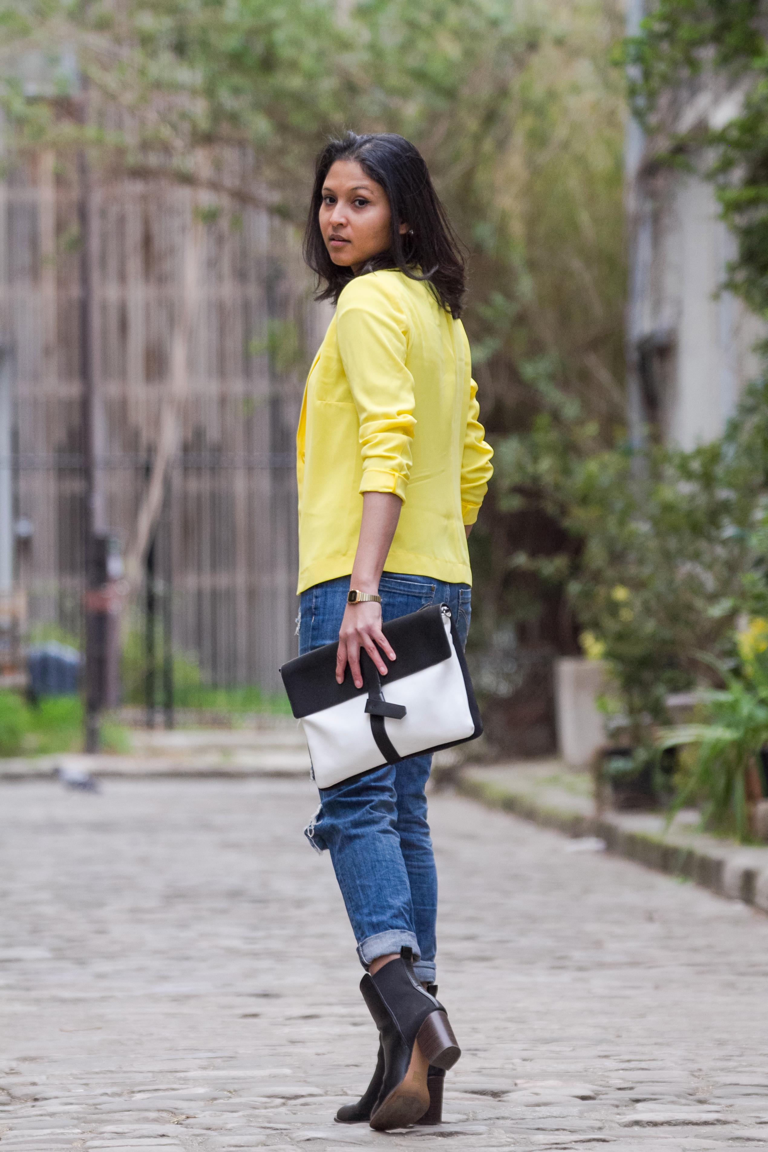 Yellow blazer-look-veste jaune Balsamik-pochette Zara-boots Asos-1