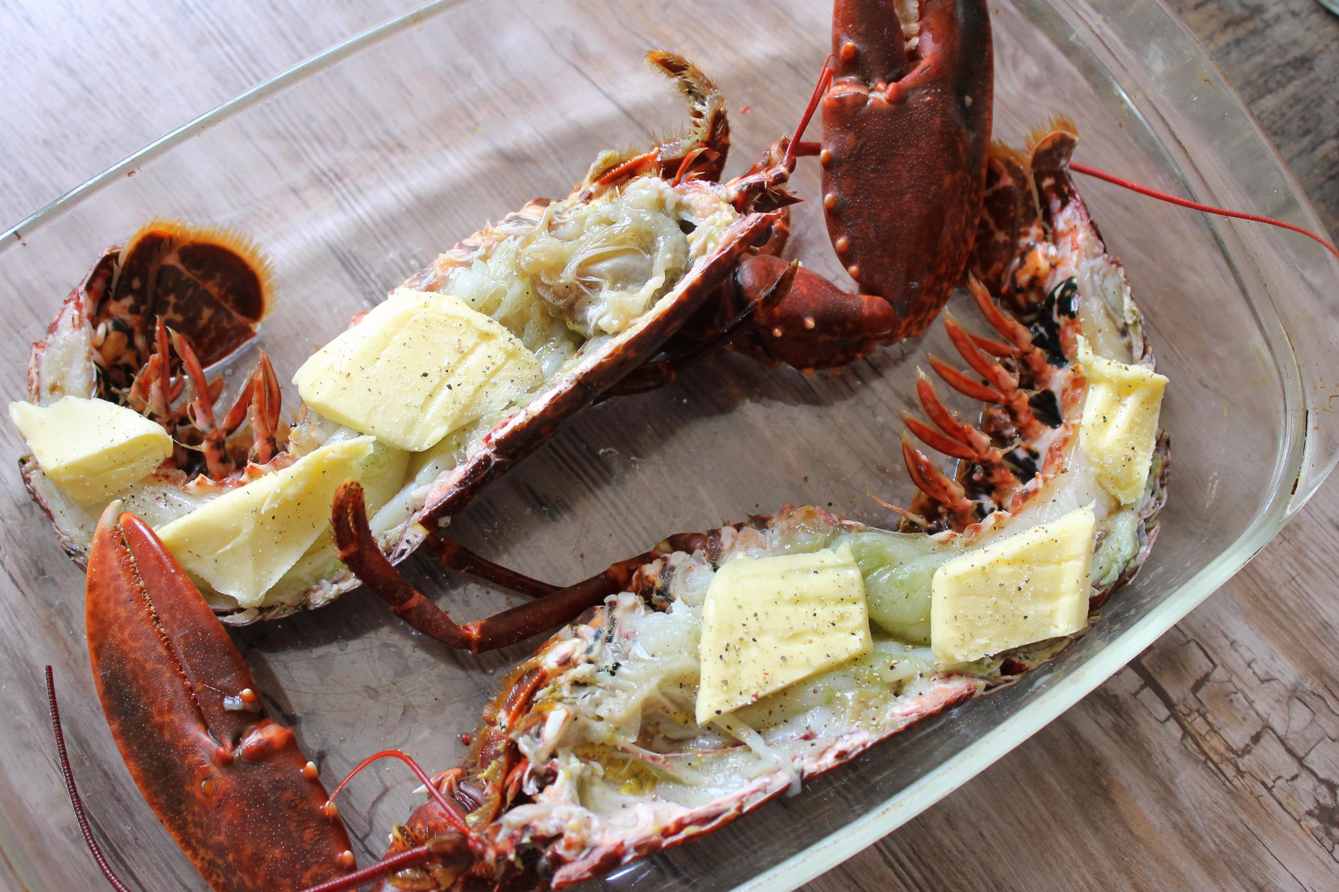 homard-grillé-au-four-beurre-de-baratte-sel-poivre