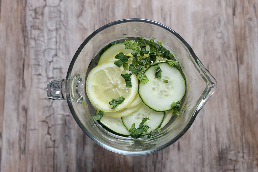 detox-water-menthe-concombre-citron-2