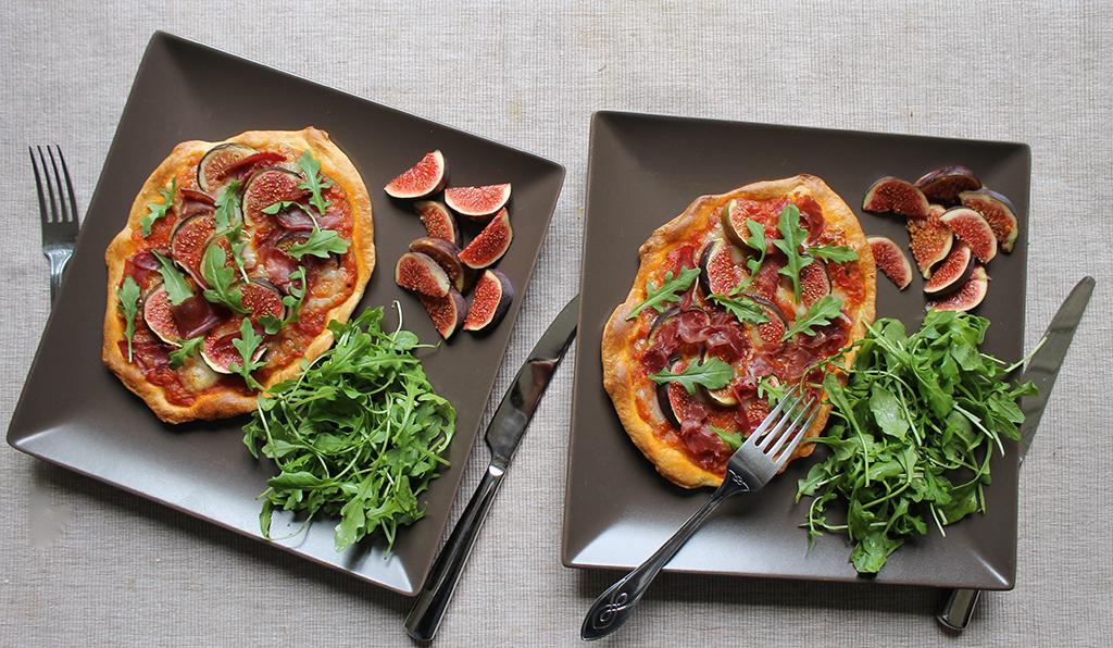 pizza-figue-viande-de-grison-roquette-ossau-iraty