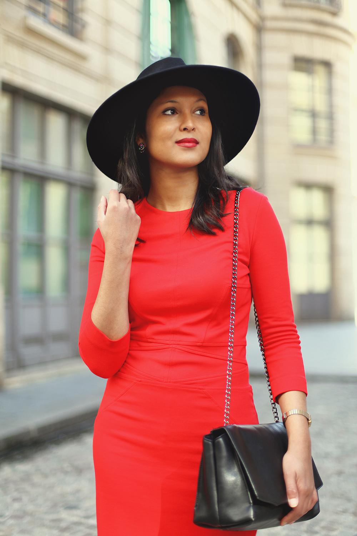 robe-rouge-mango-fedora-zara-sac-parfois