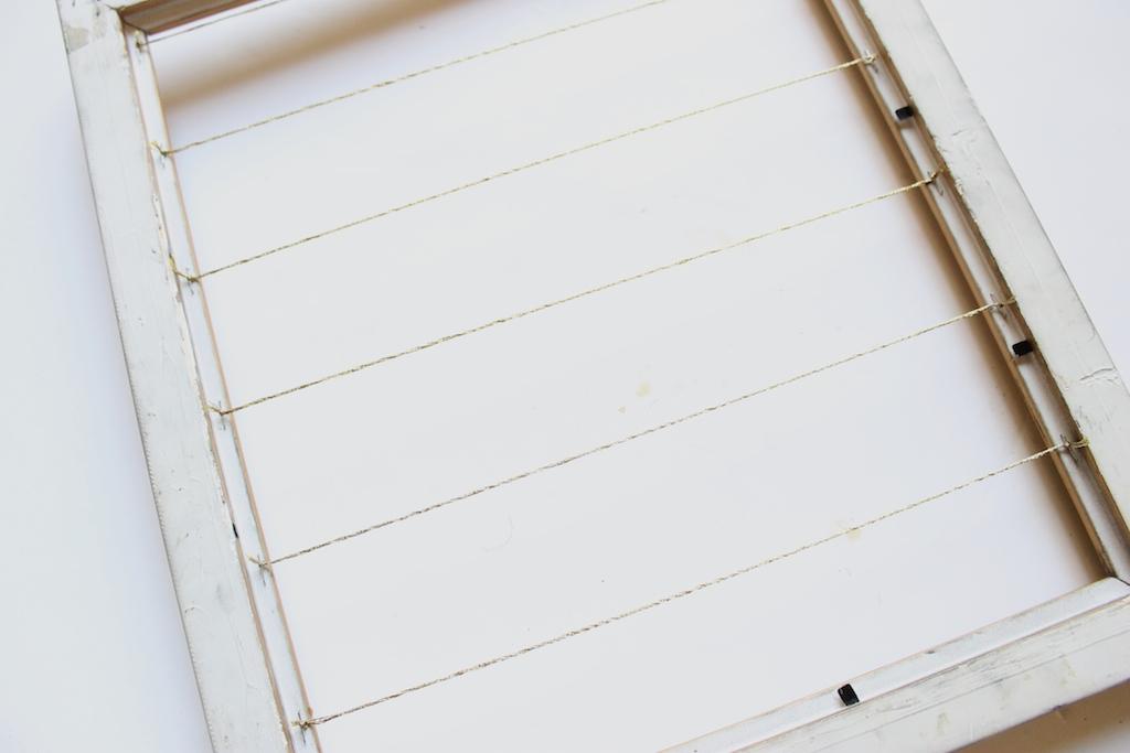 cadre-ficelles-tendues