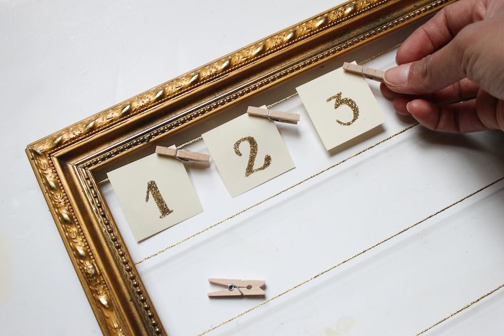 calendrier-de-l'avent-cadre-étiquettes-mini-pinces-à-linge