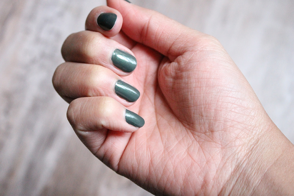 mavala-bronze-green