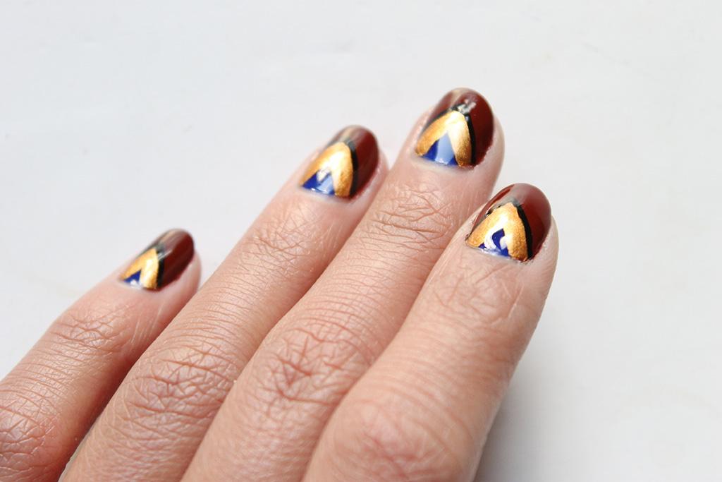 nail-arth-ethnique-chevrons