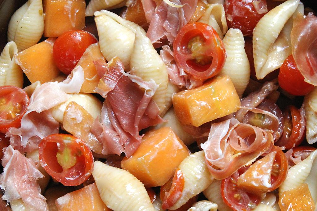 Conchiglie-melon-jambon-cru-sauce-ricotta-2