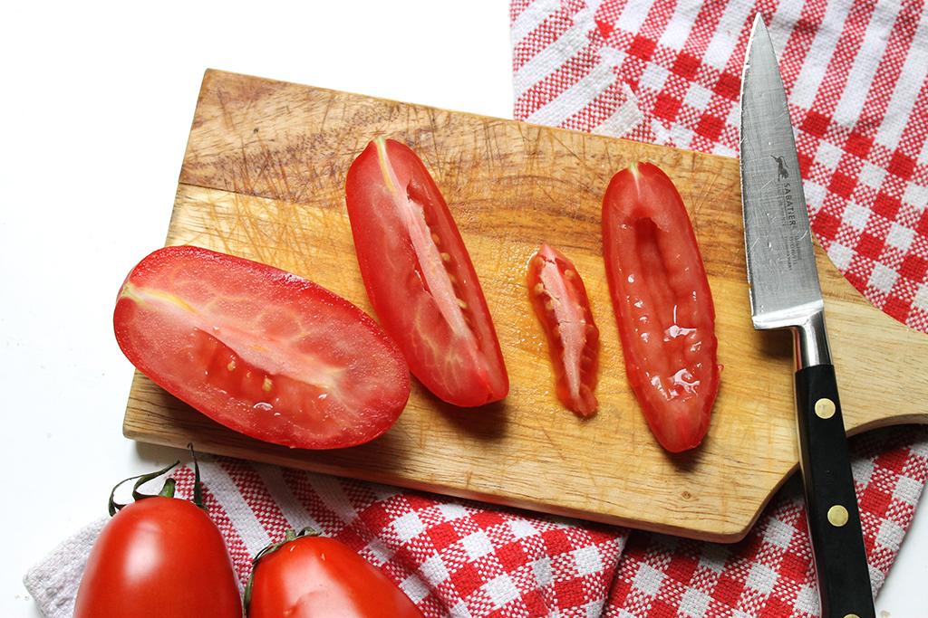 couper-tomates-en-quatre
