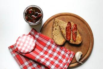 tomates-sechees-pain-bruschetta