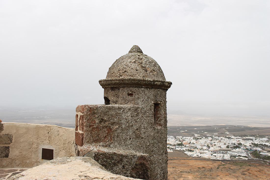 castillo-de-santa-barbara-teguise-2