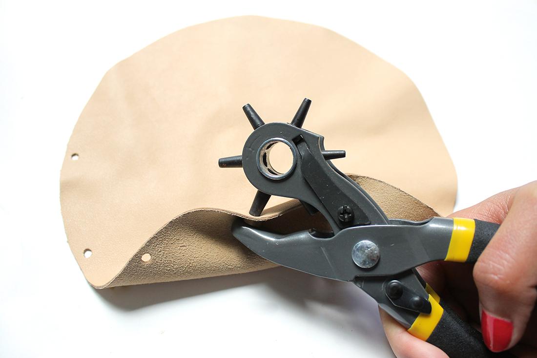 perforer-bord-disque-cuir