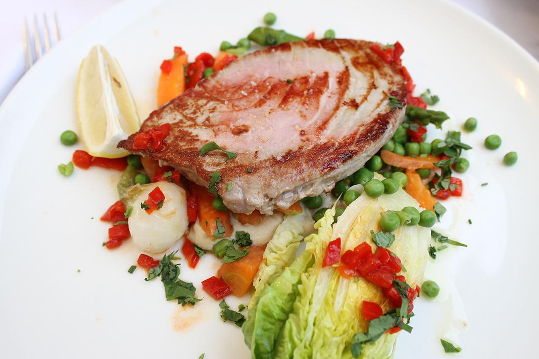 thon-mi-cuit-poelee-legumes