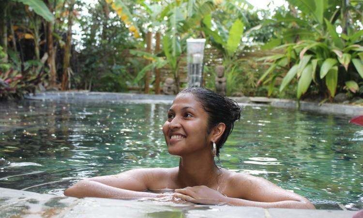 piscine-ardoise-lodge-roche-tamarin-1