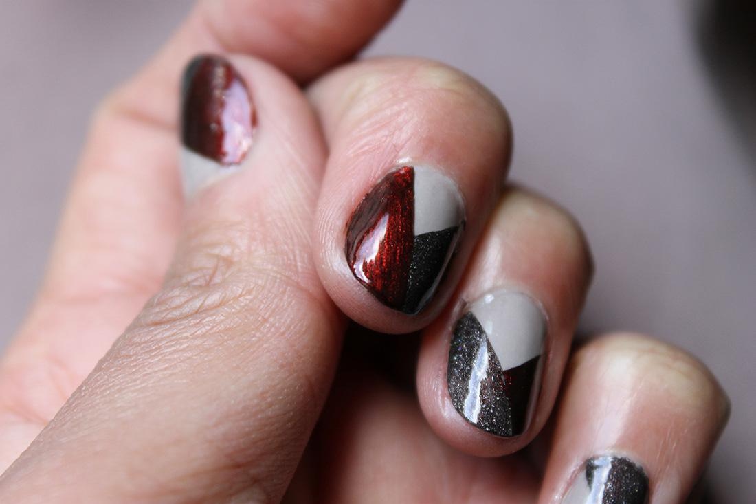 nail-art-graphique-tricolore-2