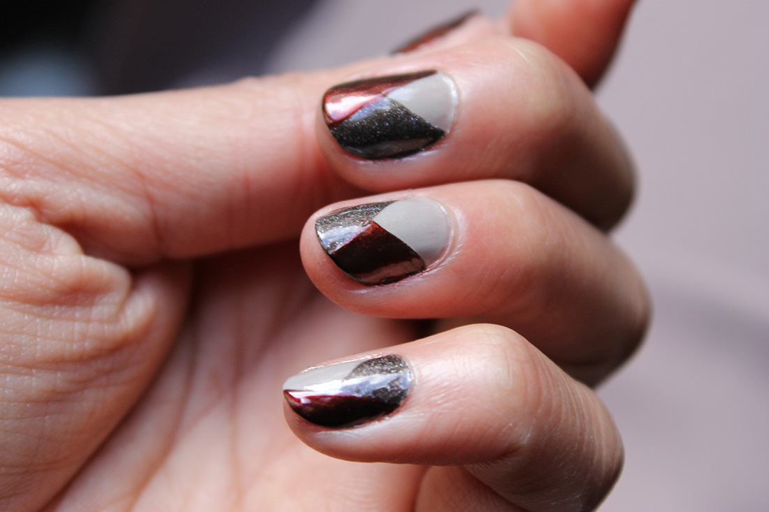 nail-art-graphique-tricolore-4