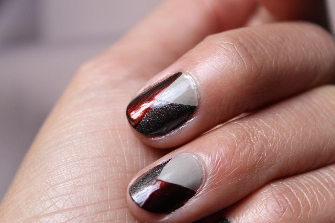 nail-art-graphique-tricolore-5