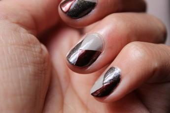 nail-art-graphique-tricolore-6