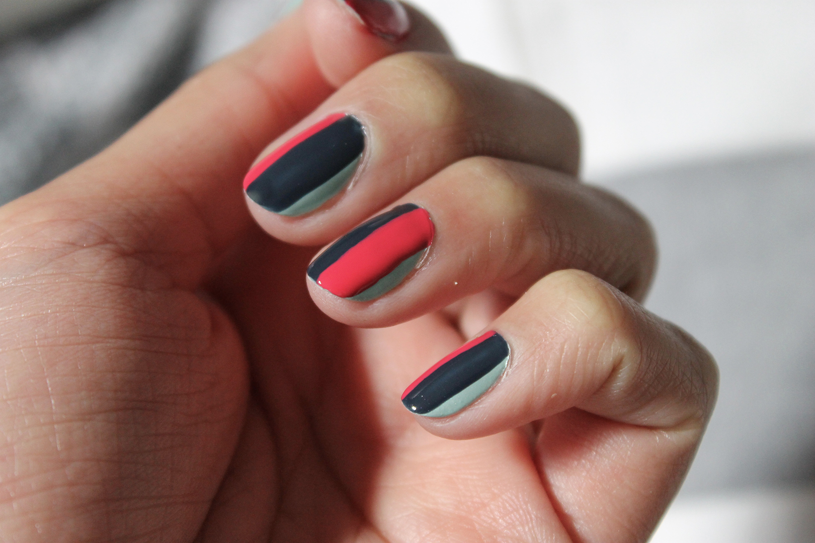 nail-art-rayures-2