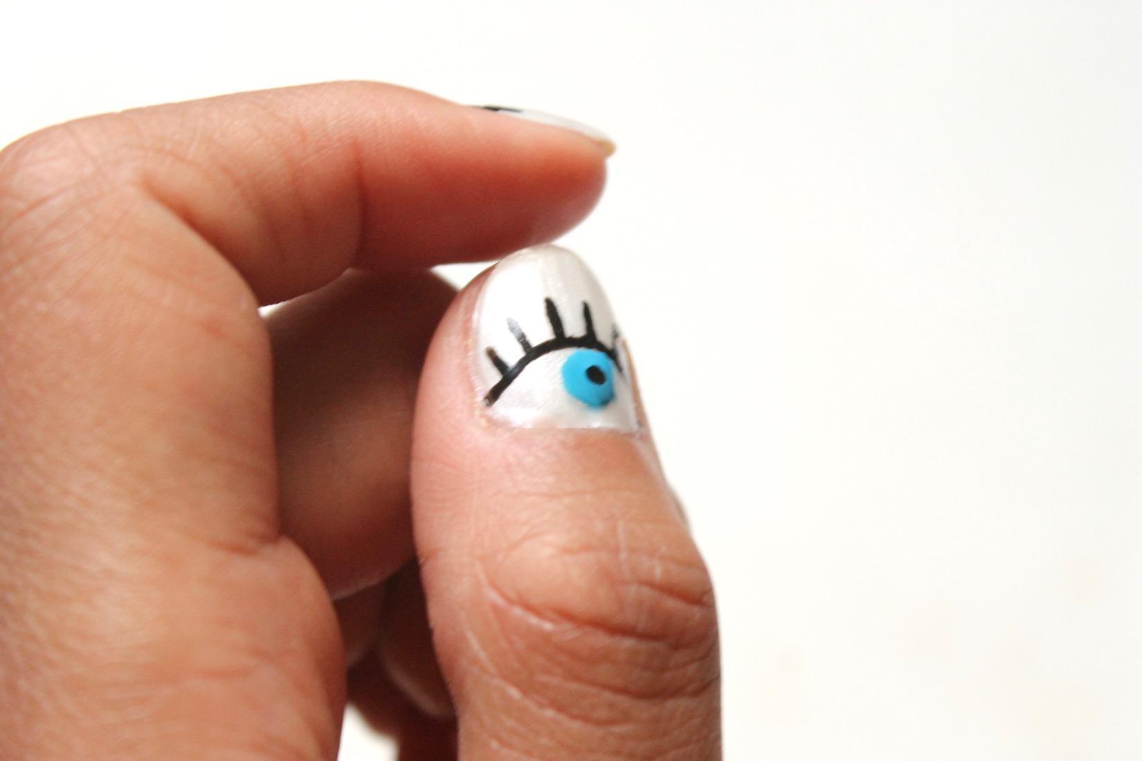 evil-eye-nail-art-2
