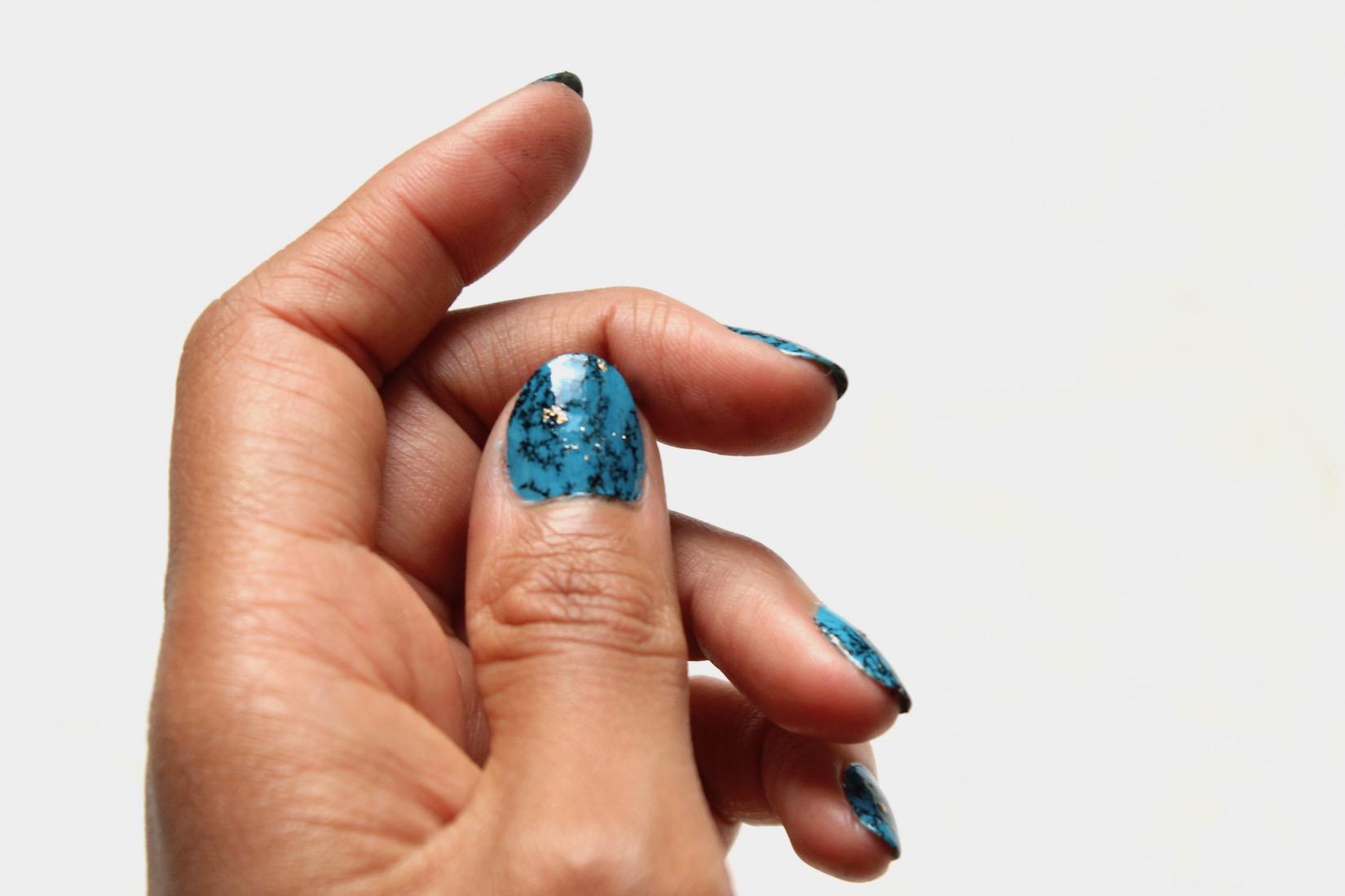 nail-art-turquoise-2